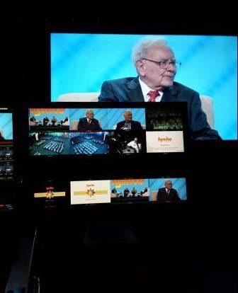 Warren Buffett billion-dollar advice